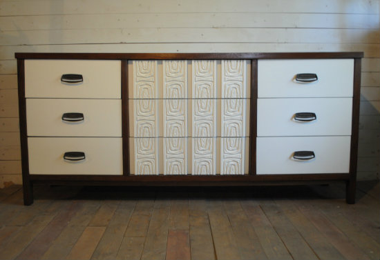 Amazing Solid Wood Mid Century Modern Nine Drawer Dresser. Case Is A Dark  Walnut With Creamy White Drawers. A Very Unique Piece! Dimensions Are  67.75u2033W X ...