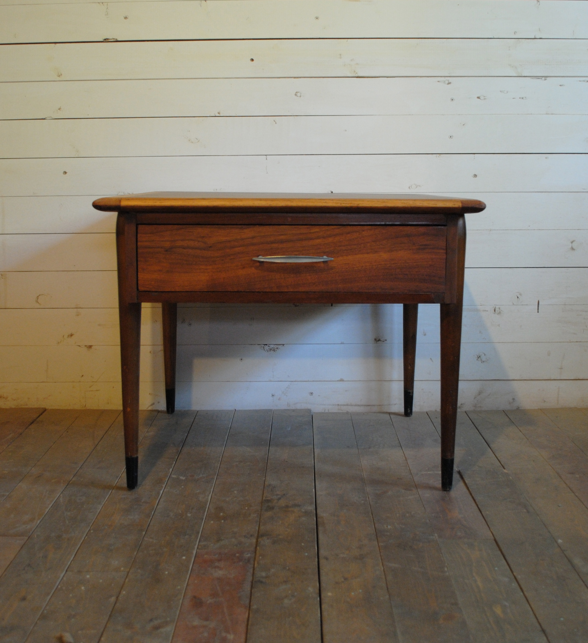 beautiful mid century walnut and oak end table nightstand dimensions are 26u2033w x 26u2033d x 20u2033h please contact me with any questions