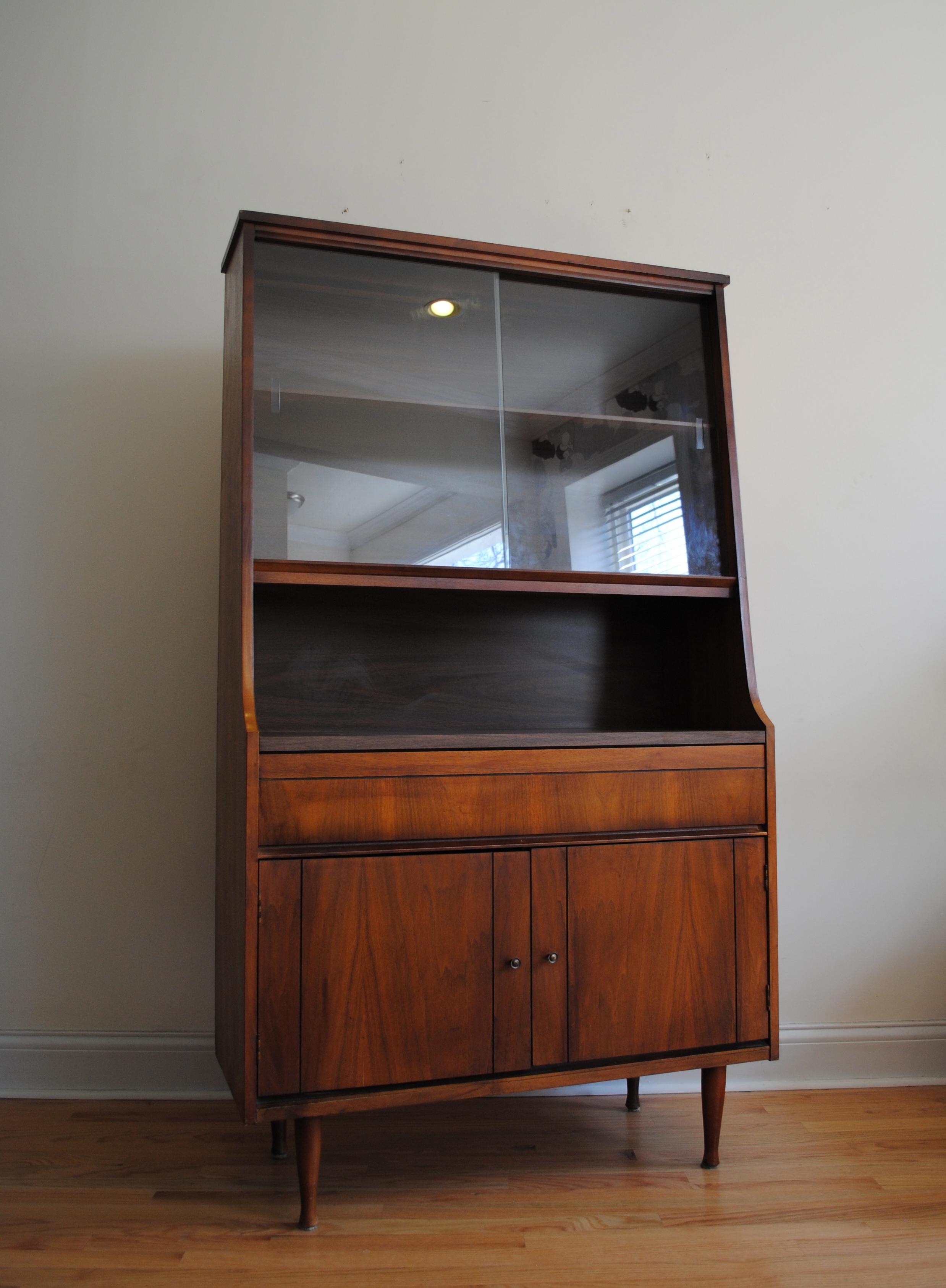 China Cabinet Phylum Furniture