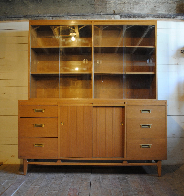 Hutch Phylum Furniture