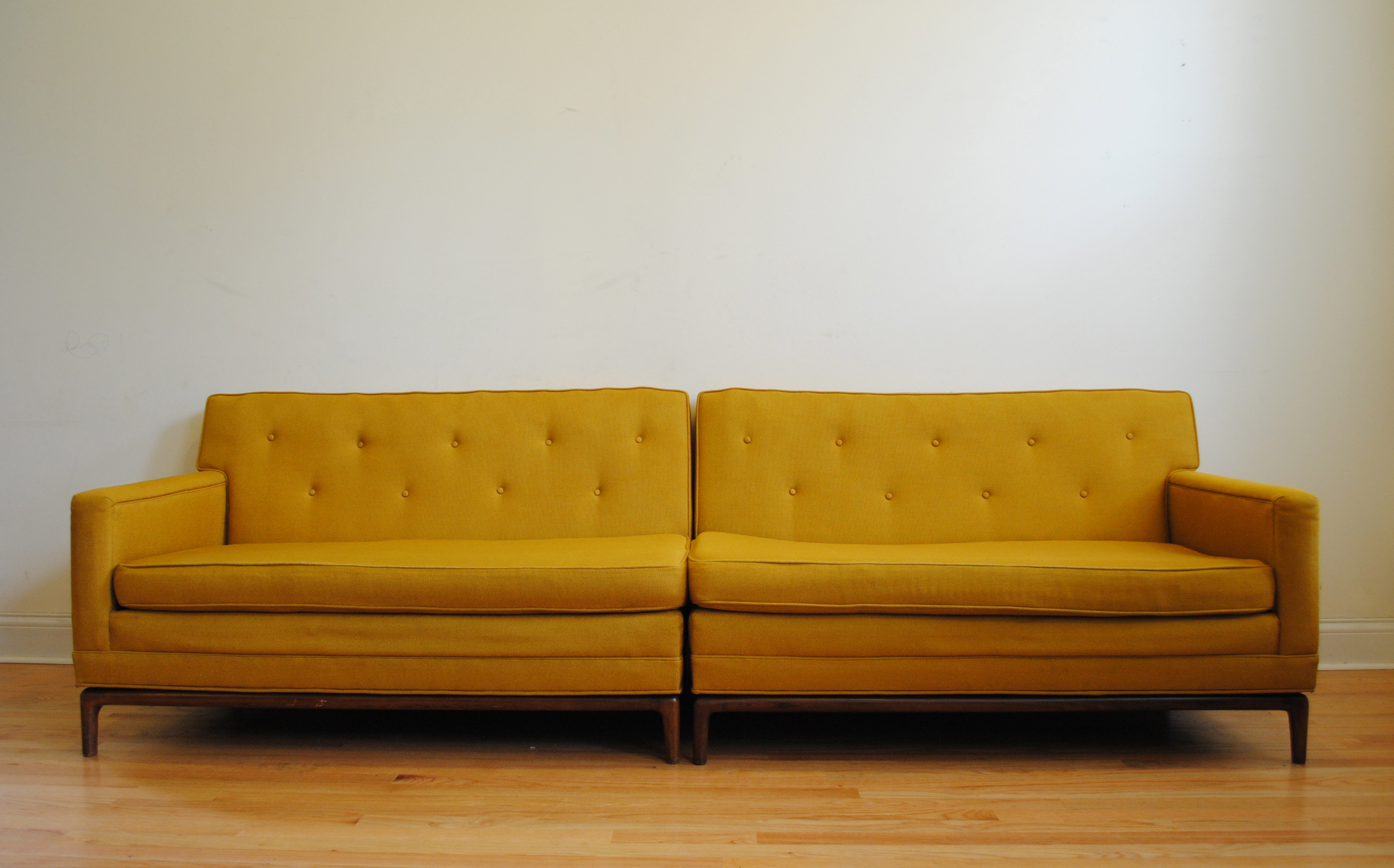 Mid century modern sofa phylum furniture for Mid century modern furniture nashville