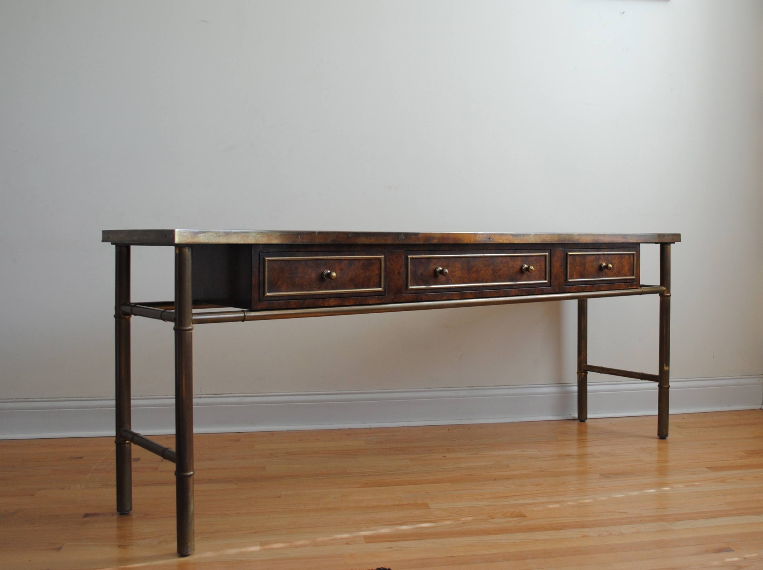 Exceptional Amazing Vintage Console Table By Mastercraft. Burl Wood And Patinated Brass  With Etched Top. Dimensions Are 72u2033L X 18u2033W X 28u2033H. Please Contact Me With  Any ...