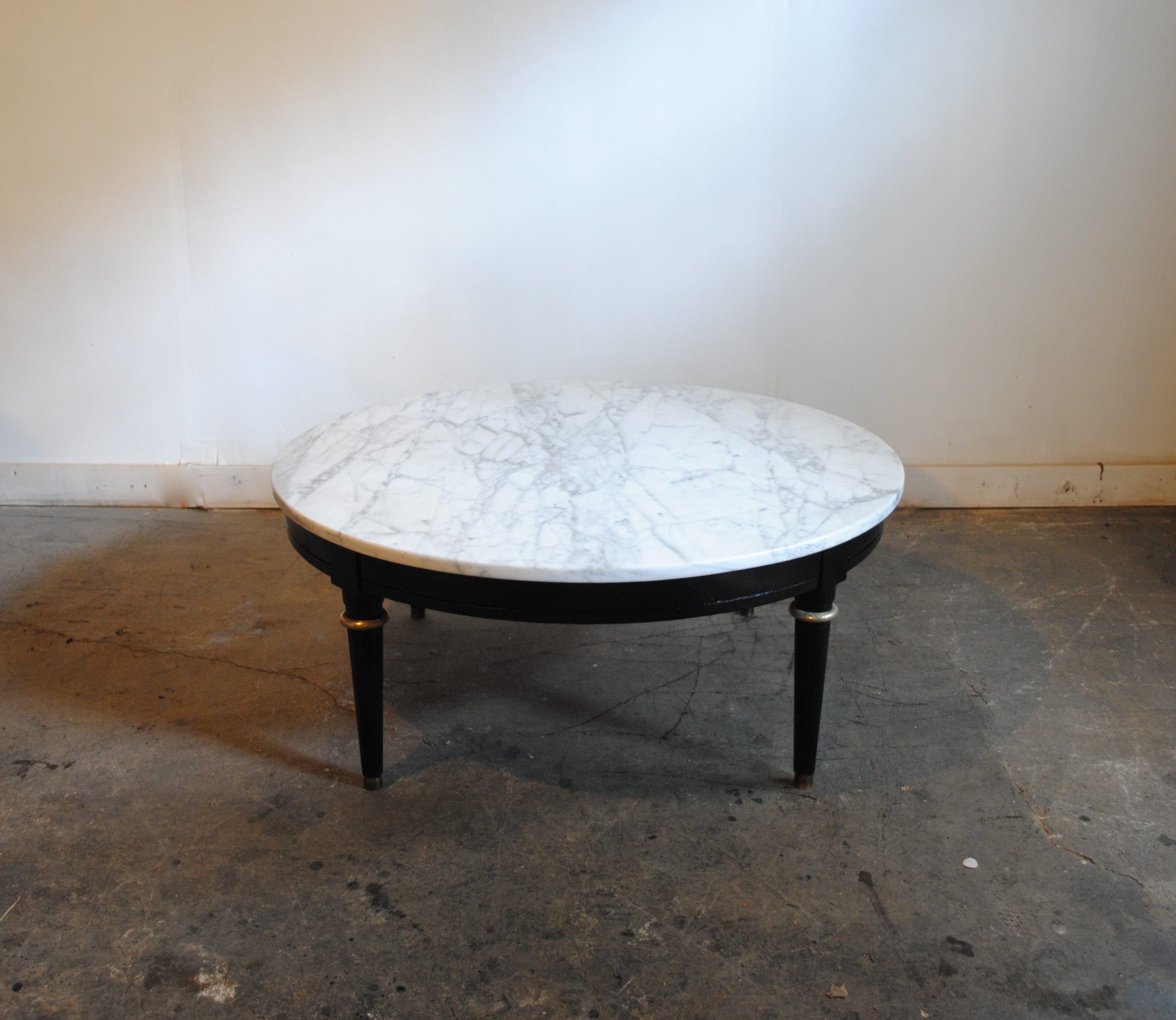 Vintage Marble Top Coffee Table. Has Black Base With Brass Accents. Marble  Top Made In Italy. Dimensions Are 36u2033 Dia X 15.25u2033 H. Please Contact Me  With Any ...